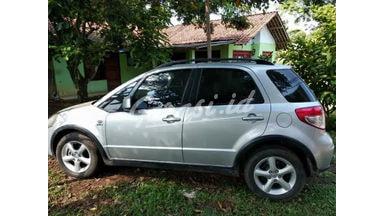 2010 Suzuki Adventura x over - Over kredit, pajak off