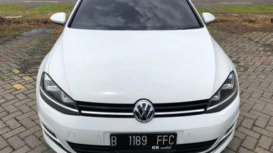 2013 Volkswagen Golf MK 7 CBU Automatic - Sangat Terawat dan Bagus Pasti Puas (s-0)