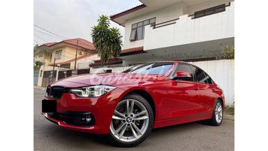 2019 BMW 320i SPORT SHADOW EDITION - TDP nego Angsuran nego