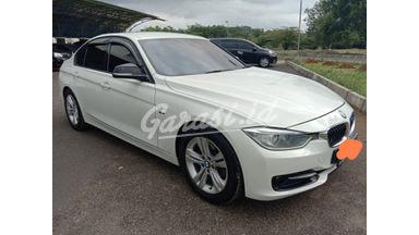 2013 BMW 320i 320i sport - Joss mantap