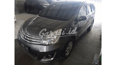 2013 Nissan Grand Livina XV - Istimewa orisinil