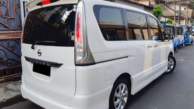 2015 Nissan Serena HWS - Mobil Pilihan (s-2)