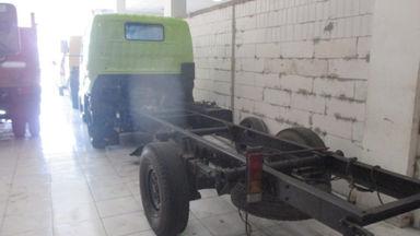 2011 Hino Dutro 300 110 SD - Siap Pakai (s-6)