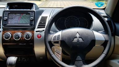 2015 Mitsubishi Pajero Sport EXCEED - Istimewa siap pakai (s-7)