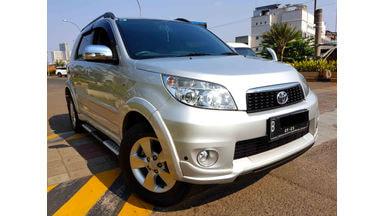 2013 Toyota Rush S - Terima DP Pake Motor