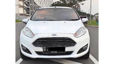 2014 Ford Fiesta S - Harga Murah Tinggal Bawa
