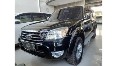 2011 Ford Everest XLT - Terawat & Siap Pakai