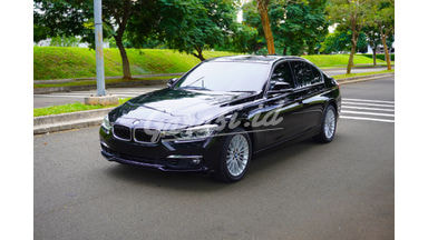 2019 BMW 3 Series 320i Luxury