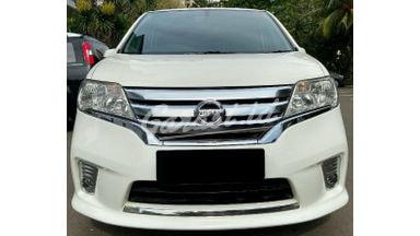 2013 Nissan Serena highway star
