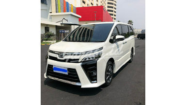 2018 Toyota Voxy ATPM - Mobil Pilihan