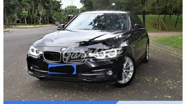 2016 BMW 3 Series 320i CKD 2.0 Luxury