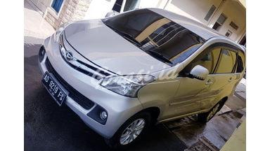 2015 Daihatsu Xenia R DLX