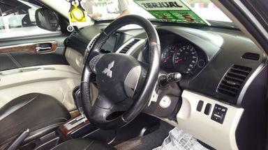 2012 Mitsubishi Pajero Sport Dakar - Barang Mulus (s-3)