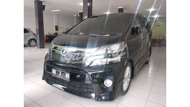 2012 Toyota Vellfire 2.5 - Good Condition