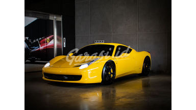 2011 Ferrari 458 Italia Coupe - TOP CONDITION