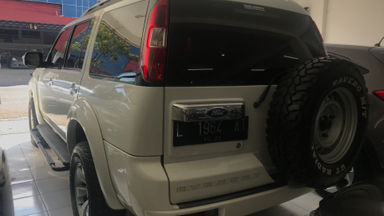 2010 Ford New Everest 2.5 L MT - Kredit Bisa Dibantu (s-2)