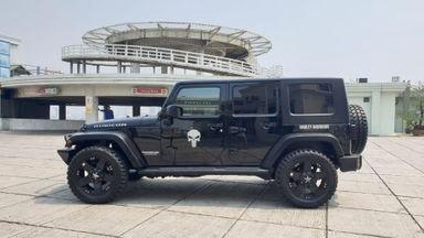 2010 Jeep Wrangler Rubicon - Kondisi Mulus Tinggal Pakai