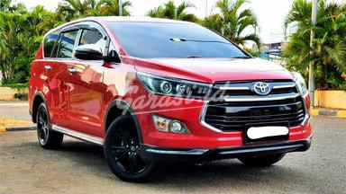 2018 Toyota Kijang Innova Venturer 2.4 - Mobil Pilihan