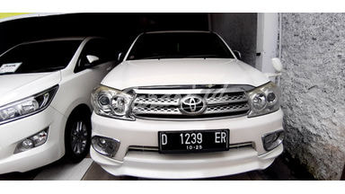 2010 Toyota Fortuner G TRD Sportivo