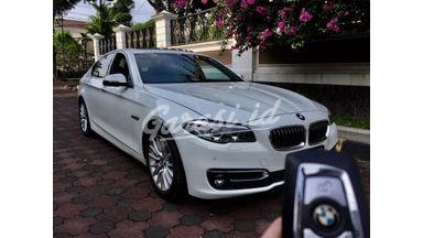 2015 BMW 528i luxury odo15 ribu facelift TV RSE - Like New  istimewa