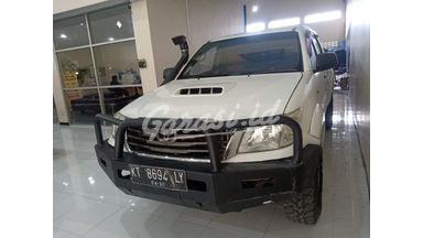 2015 Toyota Hilux E