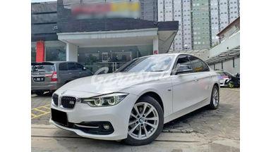2015 BMW 320i Triptonic - Mobil Pilihan