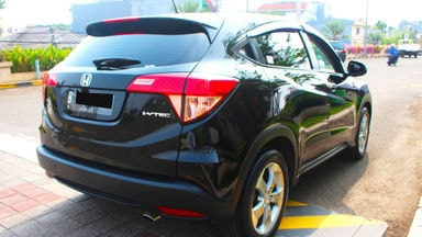 2017 Honda HR-V E cvt at - barang bagus, siap tukar tambah (s-3)
