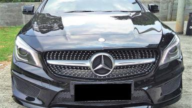 2014 Mercedes Benz CLA 200 . - Mobil Pilihan (s-1)