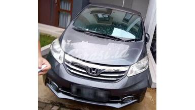 2013 Honda Freed PSD - ISTIMEWA!!!!