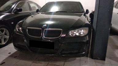 2005 BMW 3 Series 320 - mulus terawat, kondisi OK, Tangguh