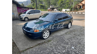1995 Honda Genio Sedan - barang langka dan murah