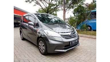 2012 Honda Freed sd - Dijual Cepat, Harga Bersahabat