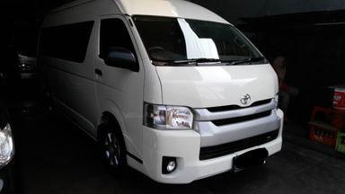 2014 Toyota Hiace 2.5 - MESIN OK