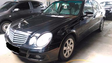 2010 Mercedes Benz E-Class E 200 - SIAP PAKAI!