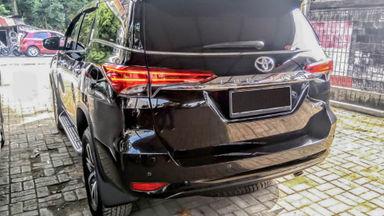 2018 Toyota Fortuner VRZ - Mobil Pilihan (s-3)