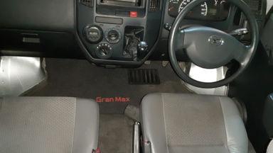 2013 Daihatsu Gran Max 1.3 D Minibus - Kondisi Ok & Terawat (s-1)