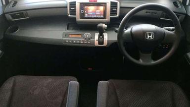 2013 Honda Freed E PSD AT - Good Condition (s-3)