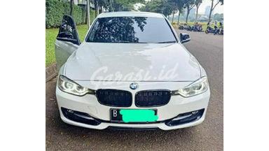 2015 BMW 3 Series 320i sports