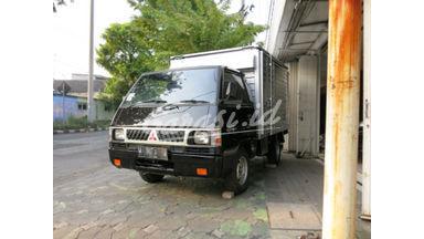 2000 Mitsubishi L300 Box