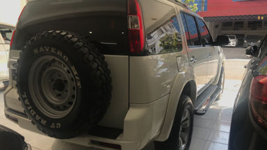 2010 Ford New Everest 2.5 L MT - Kredit Bisa Dibantu (s-6)