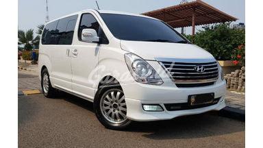 2014 Hyundai H-1 royale - putih siap pakai