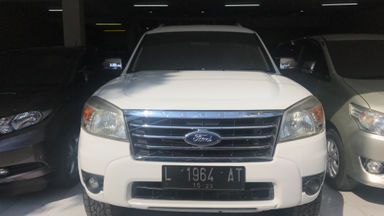2010 Ford New Everest 2.5 L MT - Kredit Bisa Dibantu (s-1)