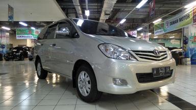 2011 Toyota Kijang Innova E+ - Barang Bagus Siap Pakai (s-4)