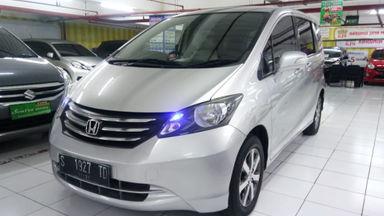 2011 Honda Freed E - Harga Bersahabat