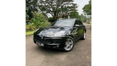 2015 Porsche Macan Turbo Sport