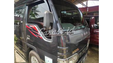 2010 Isuzu Elf Minibus mt - Unit Super Istimewa