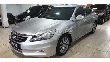 2011 Honda Accord VTI-L - Sangat Istimewa