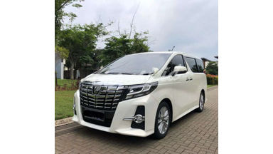 2015 Toyota Alphard S - Siap Pakai