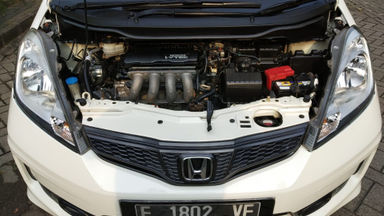 2017 Honda Jazz RS - Mulus Banget (s-1)
