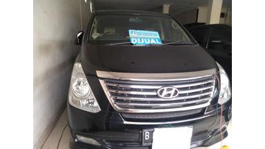 2012 Hyundai H-1 Royal - Siap Pakai